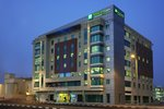 Holiday-Inn-Express-Dubai-Jumeirah