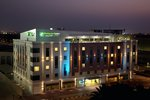 Holiday-Inn-Express-Dubai-Safa-Park