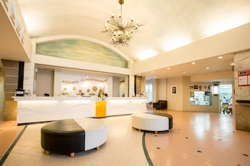 Flipper-House-Hotel