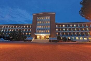 ELE-Green-Park-Hotel-Pamphili