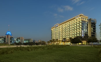 Radisson-Blu-Hotel-Apartment-Dubai-Silicon-Oasis