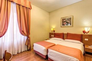 Flower-Garden-Hotel