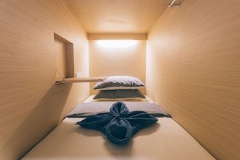 ZEN-Hostel-Wanderloft-Capsules