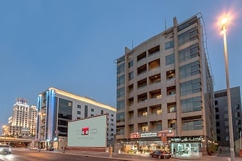 Auris-Boutique-Hotel-Apartments