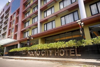 Nouvo-City-Hotel