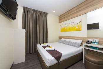 Hotel-81-Dickson