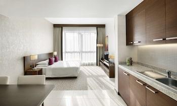 Hyatt-Place-Dubai-Al-Rigga-Residences