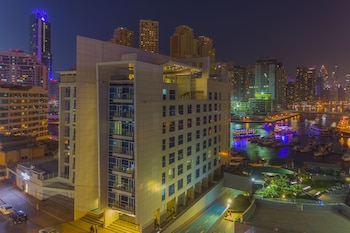 Jannah-Marina-Bay-Suites
