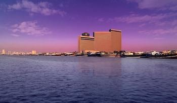 Hyatt-Regency-Galleria-Residence-Dubai